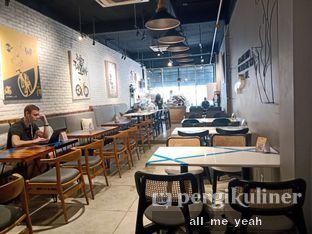 Foto 7 - Interior di Chief Coffee oleh Gregorius Bayu Aji Wibisono