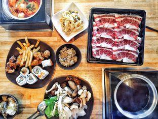 Foto 1 - Makanan di Shaburi Shabu Shabu oleh Astrid Huang | @biteandbrew