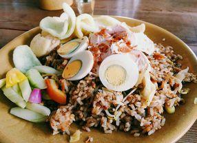 Eksplor Indonesia dengan Mengunjungi Restoran Indonesia di Surabaya Ini!