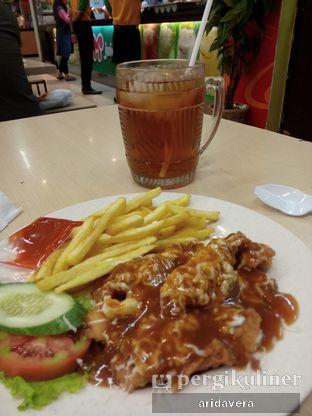 Foto 3 - Makanan(Es Teh Jumbo) di Clemmons oleh Vera Arida