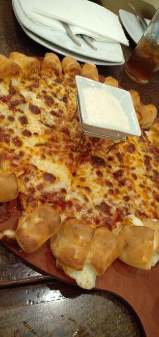 Foto review Pizza Hut oleh Cynthia Wl 2