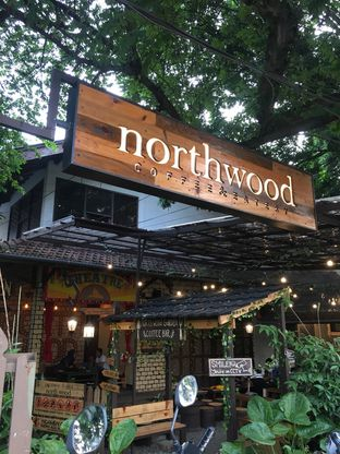 Foto 3 - Interior di North Wood Cafe oleh Misha Juarsa