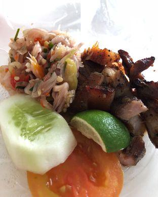 Foto - Makanan(Nasi+panggang+sambal matah) di Warung Ce oleh Claudia @grownnotborn.id