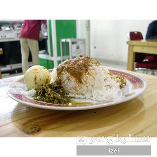 Foto 1 - Makanan di RM Pondok Minang Jaya oleh izel / IG:Grezeldaizel