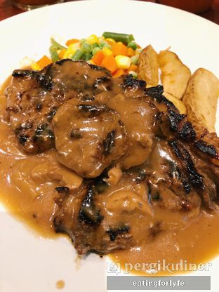 Foto 1 - Makanan di Joni Steak oleh Fioo | @eatingforlyfe