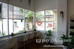 Foto 3 - Interior di Toko Kopi Roompi oleh Shella Anastasia
