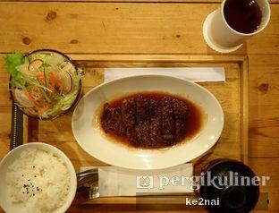 Foto 8 - Makanan(Beef Teriyaki Set) di Tokyo Skipjack oleh Myra Anastasia
