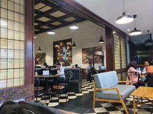 Foto 1 - Interior di Upnormal Coffee Roasters oleh Pengembara Rasa