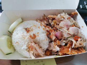 Foto Makanan di Gerobak Ayam Geprek