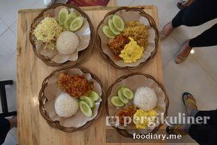 Foto 5 - Makanan di Ayam Geprek Ceger oleh @foodiaryme   Khey & Farhan