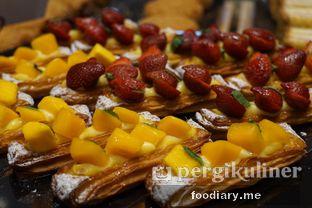 Foto 6 - Makanan di Tous Les Jours Cafe oleh @foodiaryme | Khey & Farhan