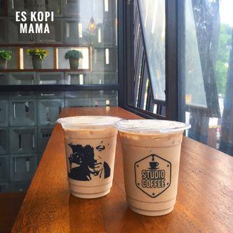 Foto Makanan di Studio Coffee
