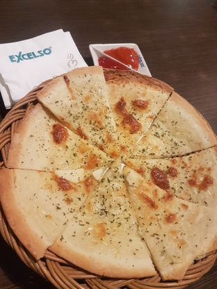 Foto 2 - Makanan di de' Excelso oleh Lid wen