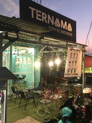 Foto 2 - Interior di Ternama Coffee oleh Prido ZH