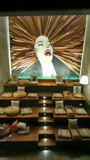 Foto 3 - Interior di Red Door Koffie House oleh YSfoodspottings