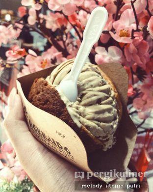 Foto - Makanan(Rum & Raisin) di Hokkaido Icecream Puff oleh Melody Utomo Putri