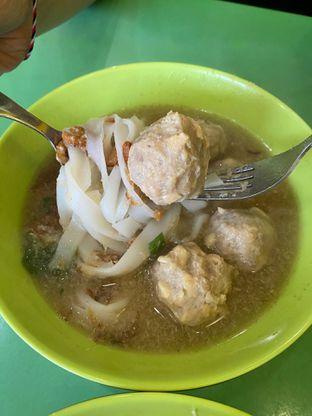 Foto 3 - Makanan di Bakso Solo Samrat oleh Duolaparr