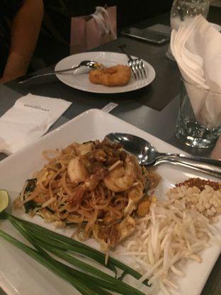 Foto 2 - Makanan di Greyhound Cafe oleh @Itsjusterr