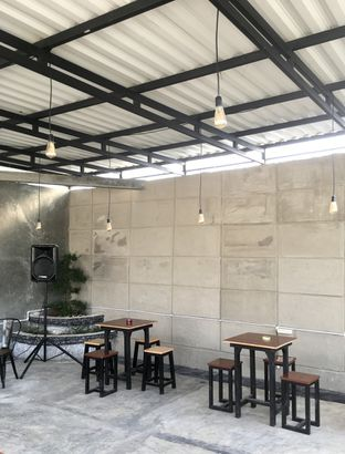 Foto 30 - Interior di Seikou Coffee oleh Prido ZH