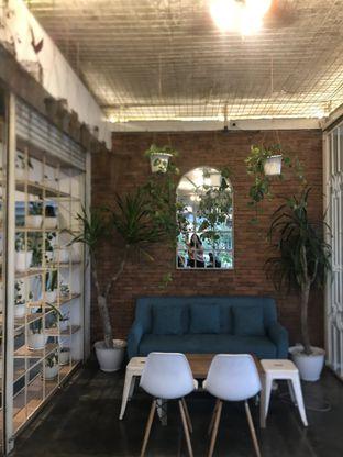 Foto - Interior(nih salah satu ambiencenya ok bgt kan) di Armenti Coffee oleh Gita Putri