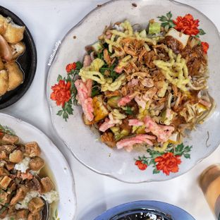 Foto 2 - Makanan(sanitize(image.caption)) di Lotek Mahmud oleh Stellachubby