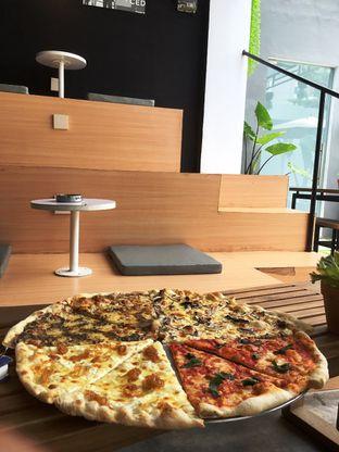 Foto 17 - Makanan di Sliced Pizzeria oleh Prido ZH