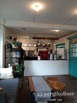 Foto 3 - Interior di Bendino Cafea oleh Selfi Tan