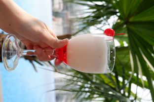 Foto 1 - Makanan di Skyview Pool & Bar - Mercure Hotel oleh Mariane  Felicia