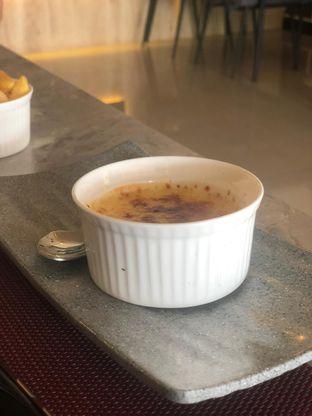 Foto 3 - Makanan(Creme brulee) di Steakmate oleh Vising Lie