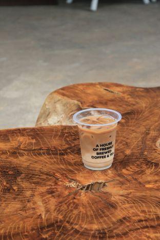 Foto 30 - Makanan di Hidden Haus Coffee & Tea oleh Prido ZH