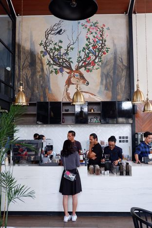 Foto 18 - Interior di Raindear Coffee & Kitchen oleh yudistira ishak abrar