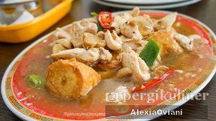 Foto 2 - Makanan(Sapo Tahu Ayam) di RM Akoen oleh @gakenyangkenyang - AlexiaOviani
