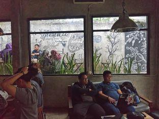 Foto 8 - Interior di Maraca Books and Coffee oleh yudistira ishak abrar