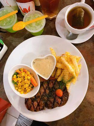 Foto 11 - Makanan di Double U Steak by Chef Widhi oleh yudistira ishak abrar