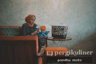 Foto 6 - Interior di Numo Art & Coffee oleh Kelana Berdua
