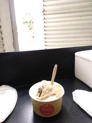 Foto 1 - Makanan di Gelato Secrets oleh Deb