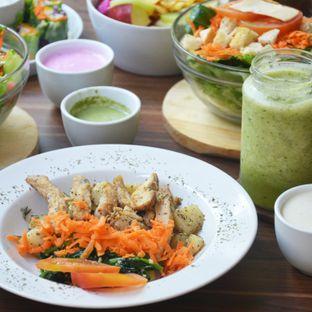 Foto 3 - Makanan(Chicken Potato) di Serasa Salad Bar oleh Desanggi  Ritzky Aditya