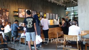 Foto 4 - Interior di Starbucks Coffee oleh Selfi Tan
