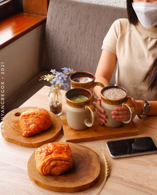 Foto review Say Something Coffee oleh Vionna & Tommy 2