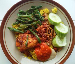 Foto review Nasi Kuning Suka Suka oleh Feri Bass 1