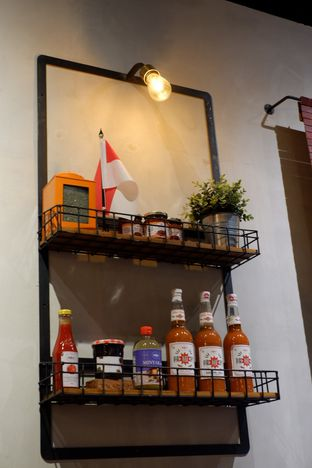 Foto 23 - Interior di The People's Cafe oleh Deasy Lim