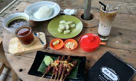 Cak Koes Resto & Coffee Shop