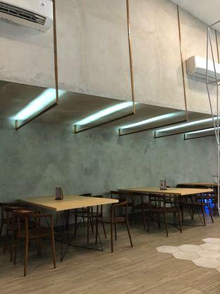 Foto 5 - Interior di Chroma Coffee and Eatery oleh Mitha Komala