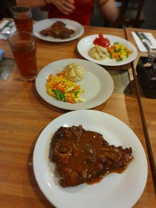 Foto 5 - Makanan di Abuba Steak oleh Makan2 TV Food & Travel