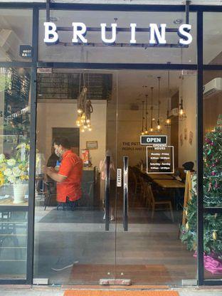 Foto 12 - Eksterior di Bruins Coffee oleh Levina JV (IG : @levina_eat & @levinajv)