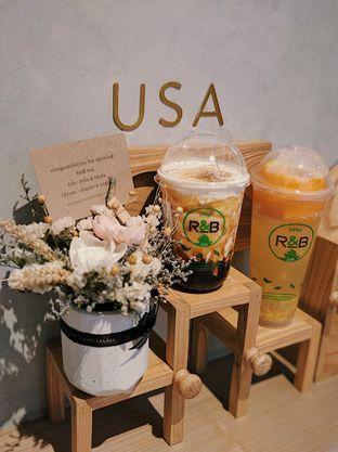 Foto review R&B Tea oleh Fitriah Laela 1