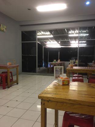 Foto 3 - Interior di Dapoer Roti Bakar oleh Prido ZH