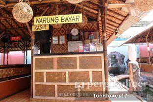 Foto 11 - Interior di Rumah Makan Kampung Kecil oleh Sillyoldbear.id