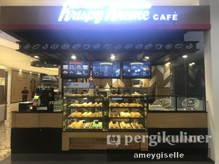Foto 2 - Interior di Krispy Kreme oleh Hungry Mommy