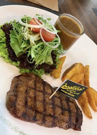 Foto 2 - Makanan di Justus Steakhouse oleh @qluvfood
